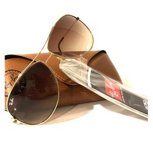 Ray-ban aviator sunglasses with case